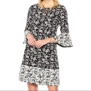 NWT Jessica Howard Size 24W Bell Sleeve Dress